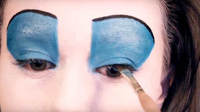 Как нарисовать контур на губах