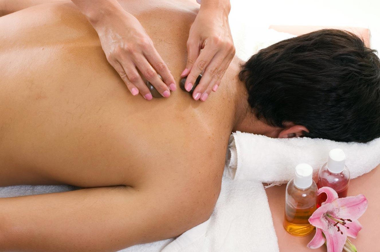 Как сделать массаж спины мужчине (видео уроки по) 23