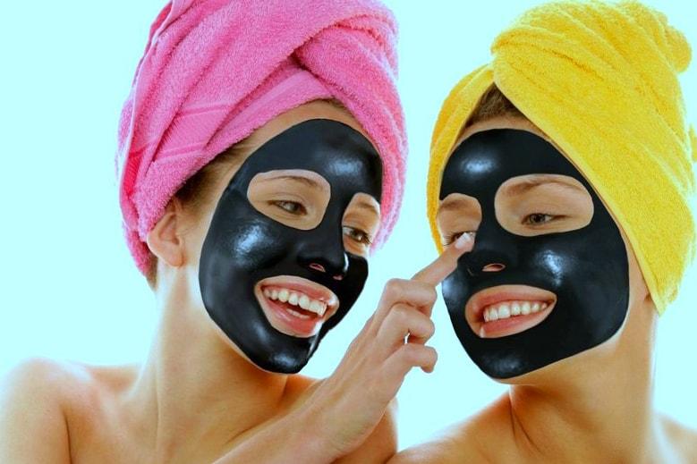 Чёрная маска с желатином