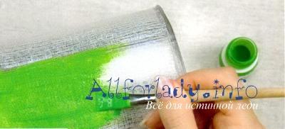 Нанесите водоустойчивую краску
