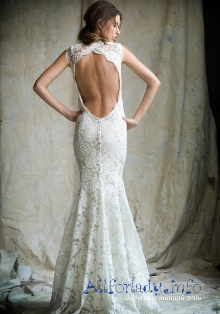 Свадебное платье, открывающее спину подойдёт тем дамам, которые имеют изящную спину и с отличным состоянием кожи, иначе повышается вероятность совершенно