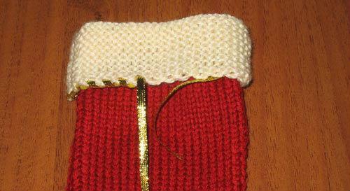 вязаный новогодний носок для подарков